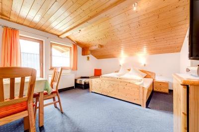 Doppelbett-und Familienzimmer Breithorn